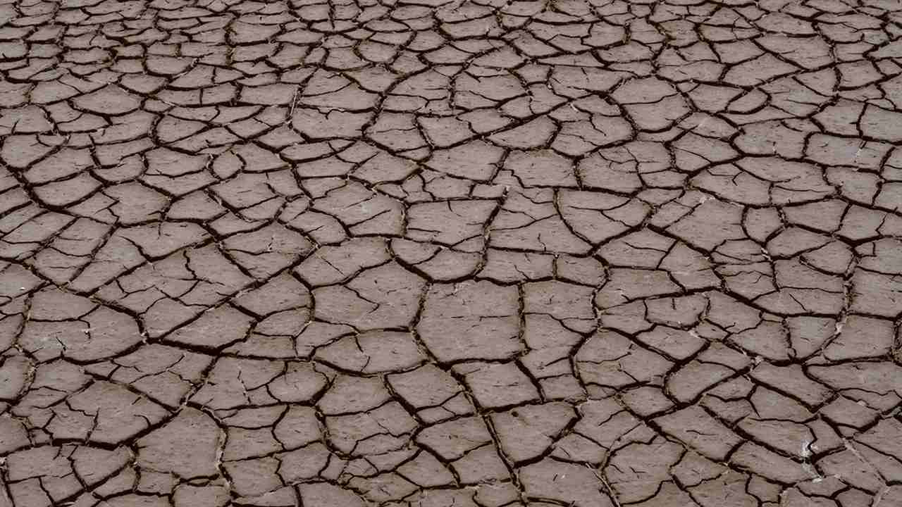 Droughts in India were caused by atmospheric disturbances in the North Atlantic ocean