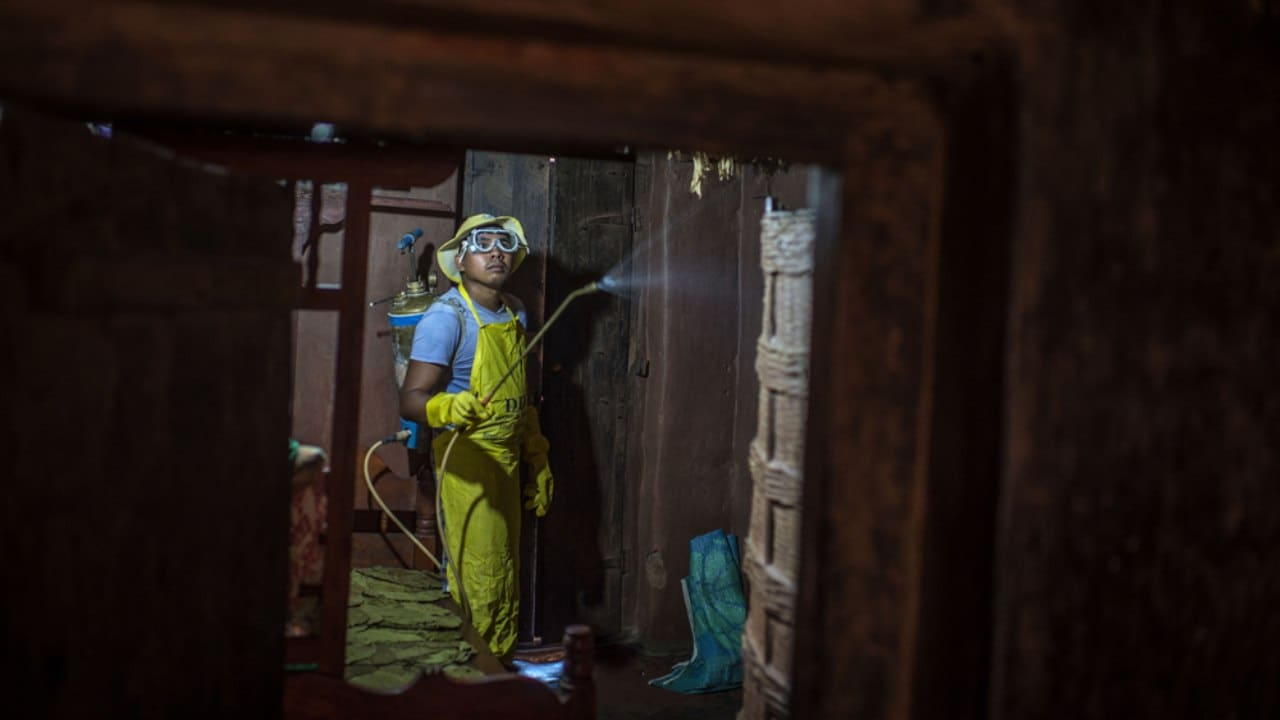 Indoor residual spraying (IRS) – which involves spraying insecticides on the indoor walls and ceilings of homes – is another powerful way to rapidly reduce malaria transmission. Image credit: A. Loke/ WHO