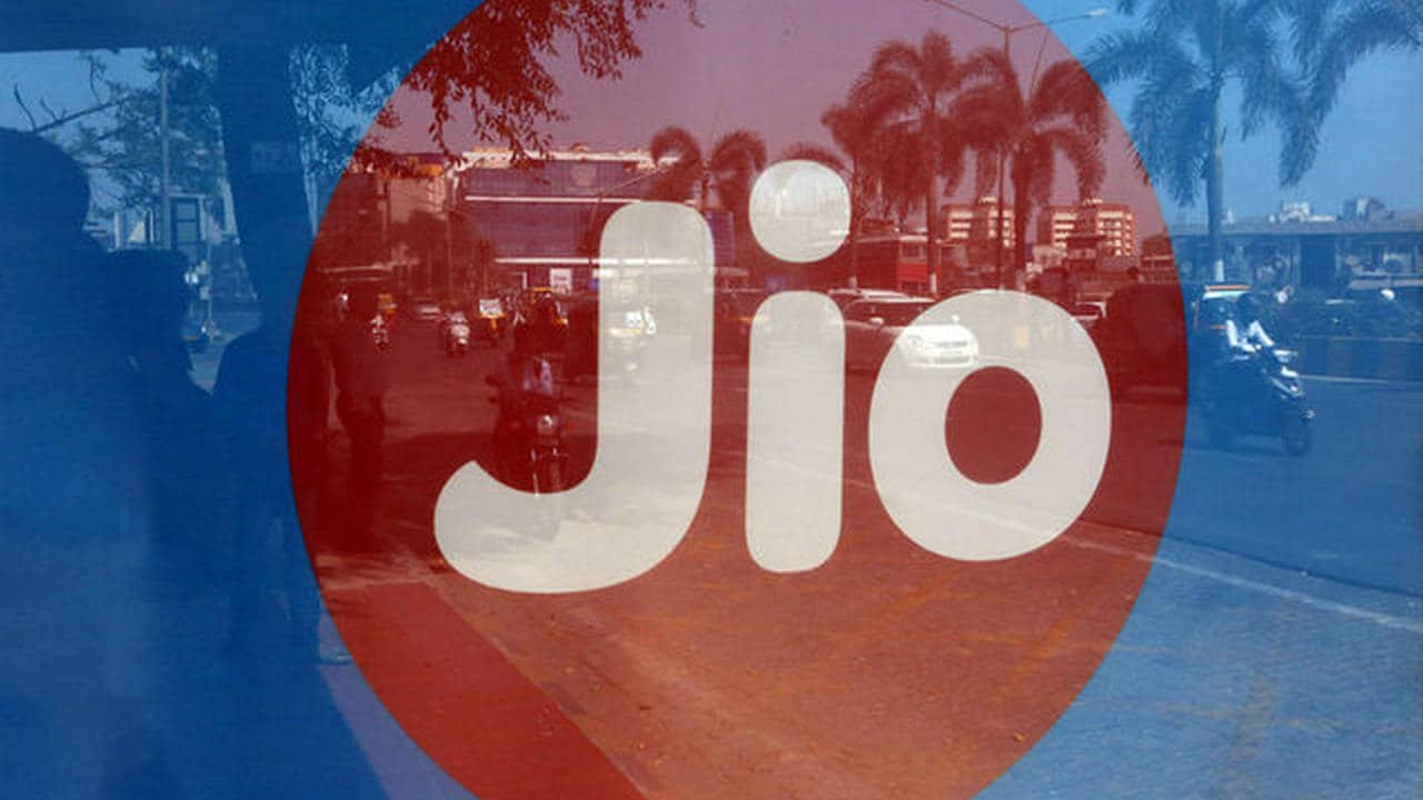 Reliance Jio will make all domestic voice calls for free starting 1 January 2021 as IUC regime comes to an end