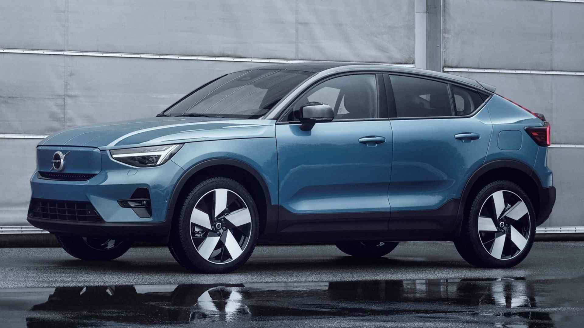 Volvo C40 Recharge debuts, all-electric coupe-SUV has two motors, 408hp and 420km range
