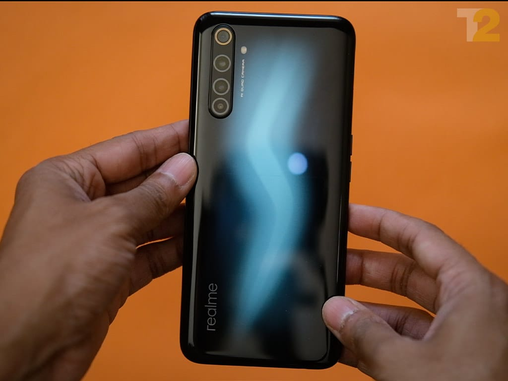The Realme 6 Pro is powered by a Snapdragon 720G and features a 64 MP primary camera on the rear. Image: Anirudh Regidi/Tech2
