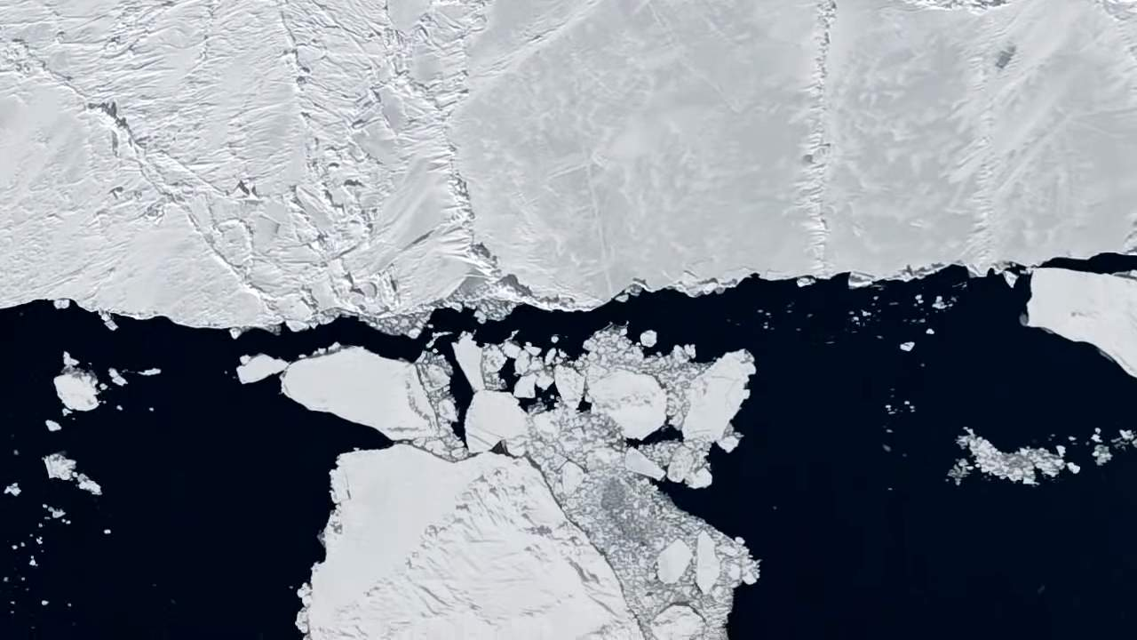 A satellite view of the melting ice in the arctic sea. Image credit: NOAA