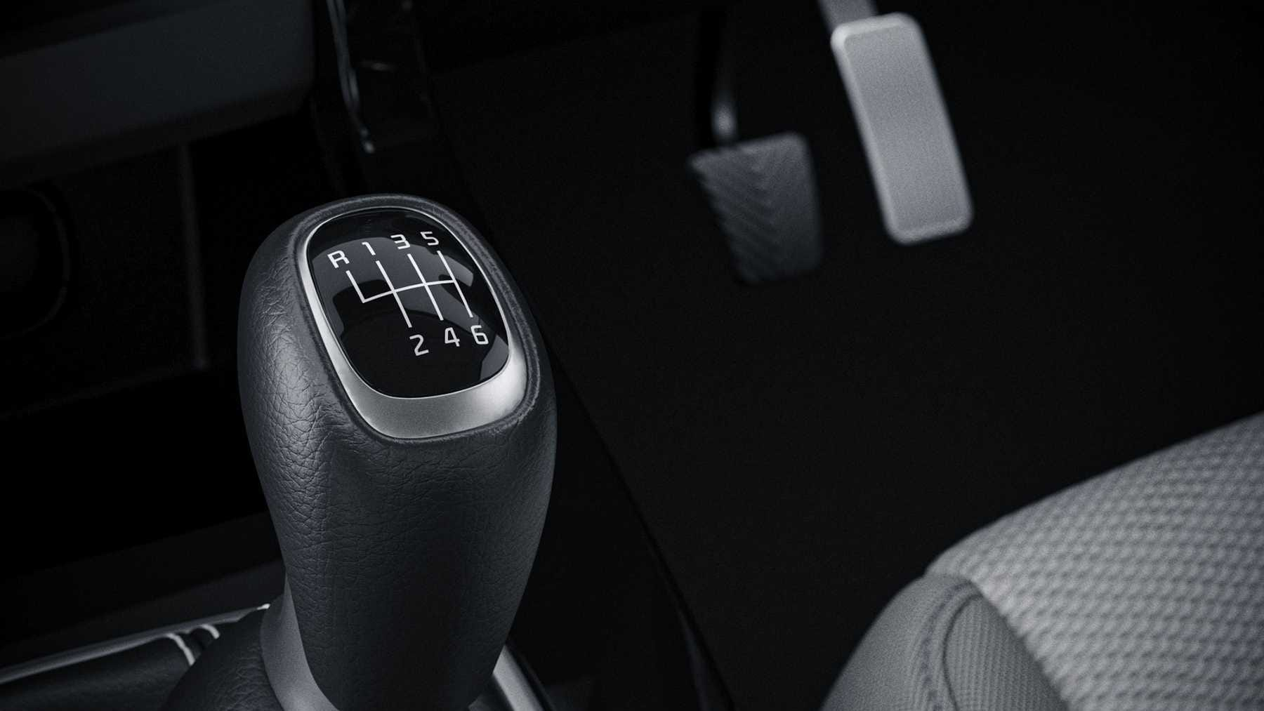 The Kia Seltos is the first midsize SUV to get an intelligent manual transmission (iMT) option. Image: Kia