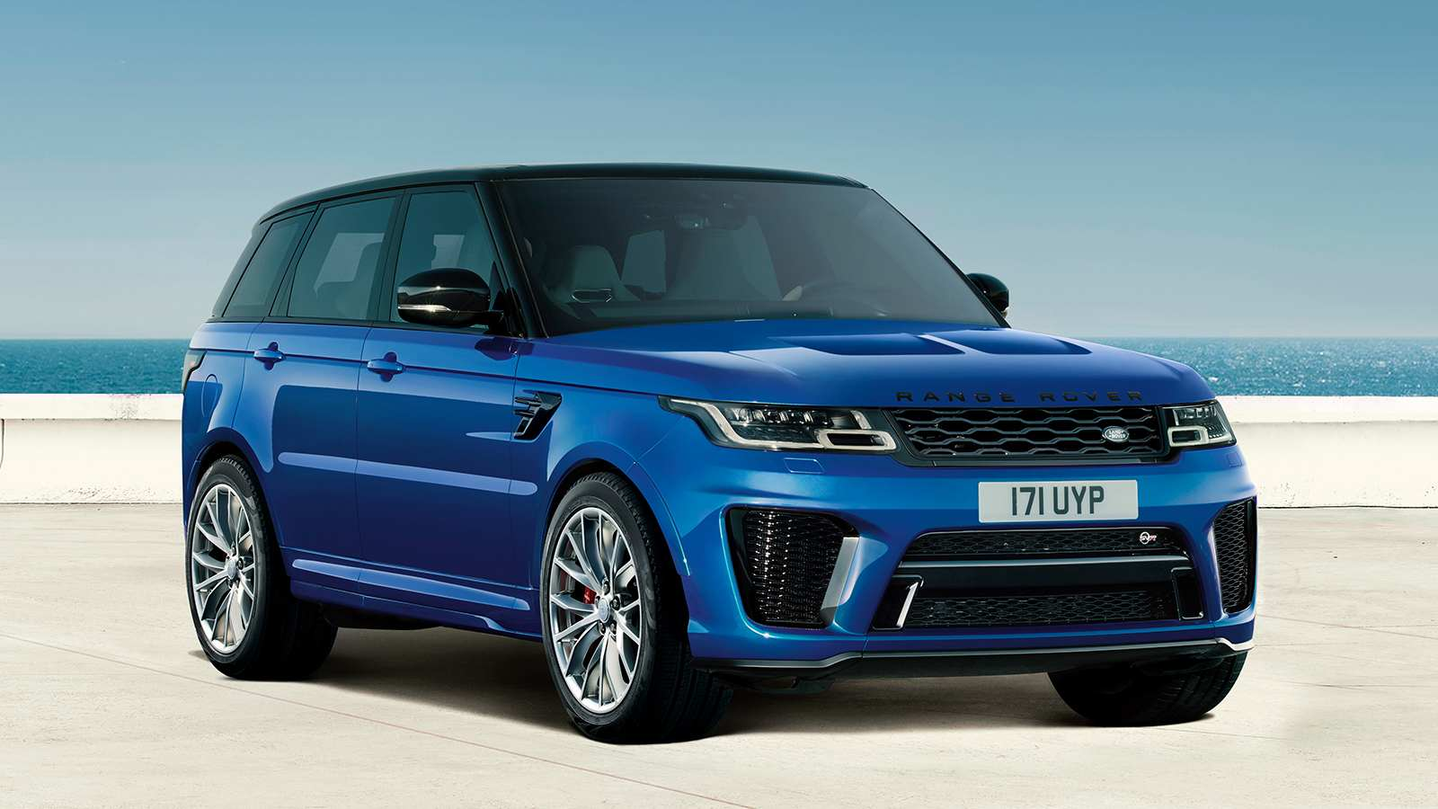 The 2021 Range Rover Sport SVR can go from 0-100 kph in a claimed 4.5 seconds. Image: Land Rover