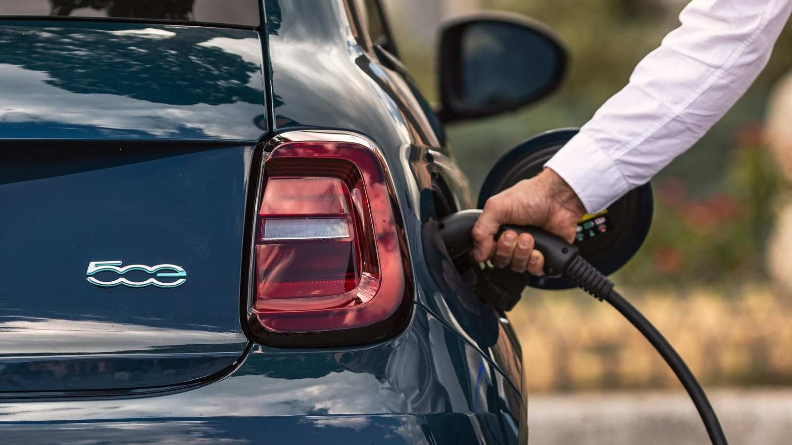 The Fiat 500 is now available only as a full-electric model. Image: Fiat