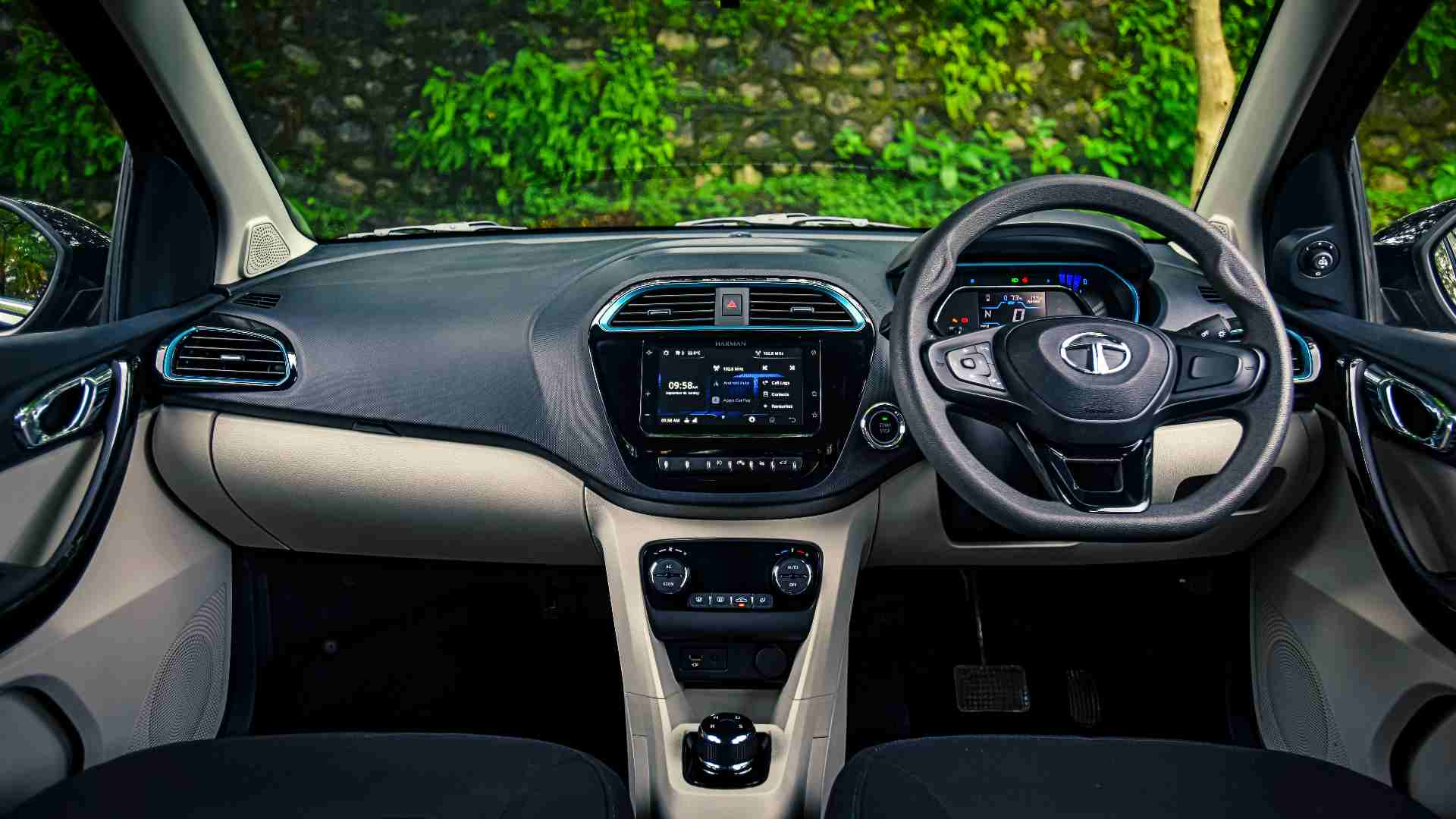 The iRA connected car suite brings a host of useful functions one can carry out remotely from the smartphone app. Image: Anis Shaikh/Overdrive
