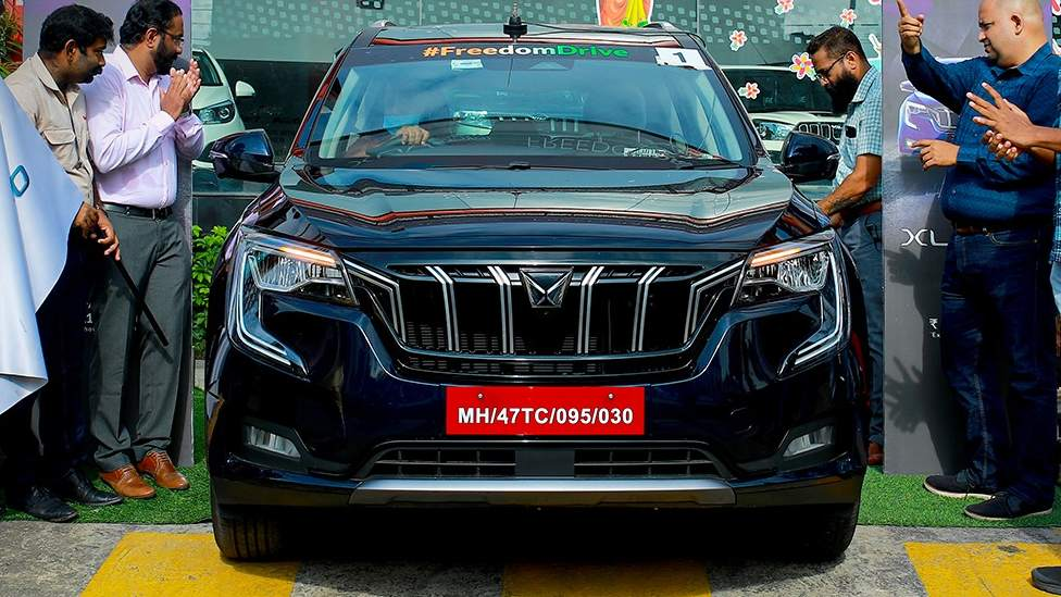 Waiting periods for select variants of the Mahindra XUV700 are expected to stretch up to a full year. Image: Mahindra